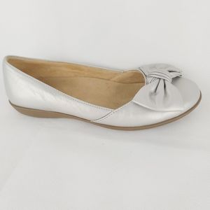 NATURALIZER slip on flat balerina silver shoes